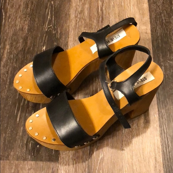5ac3191fd1a Steve Madden Lavii platform shoe. M 5b4958988ad2f9dc08991fe9